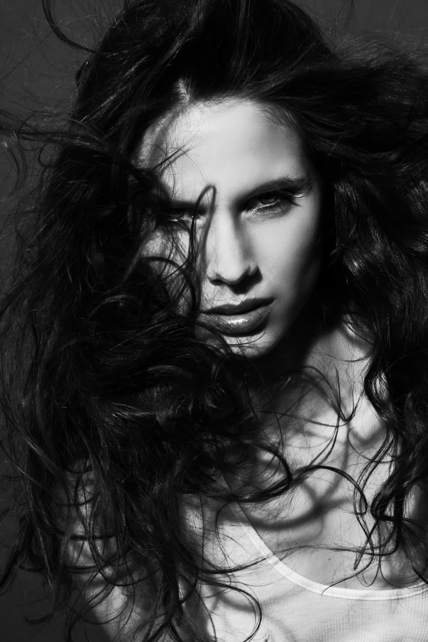 40 Photo Marc Laroche Cheveux Damien Roux makeup Cindy Galhac